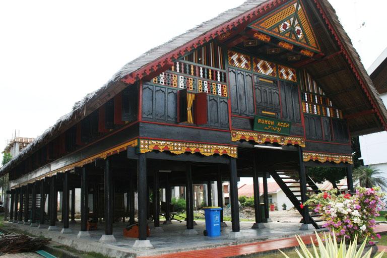 Desain Rumah Adat Aceh 1 Sakti Desain