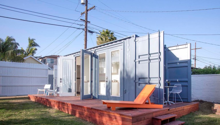 rumah murah yang tetap bergaya sakti desain. Black Bedroom Furniture Sets. Home Design Ideas