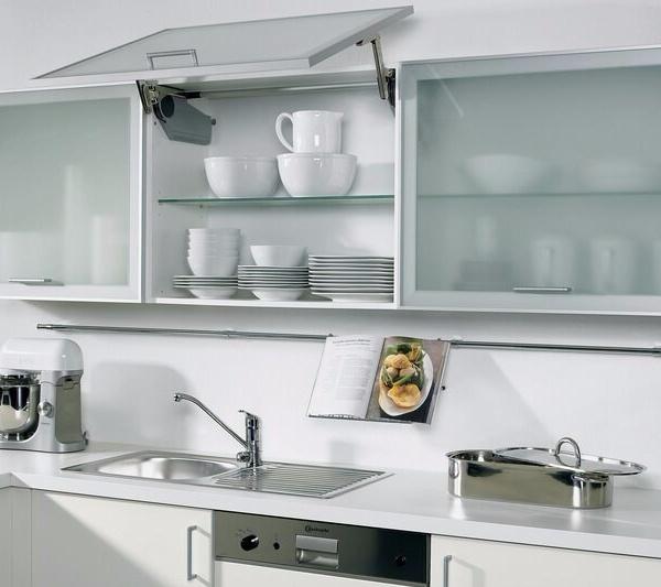 46+ Lemari Kaca Untuk Di Dapur, Untuk Mempercantik Ruangan