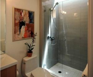 kamar mandi 5
